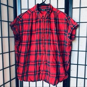 Madewell courier button up shirt red black plaid M